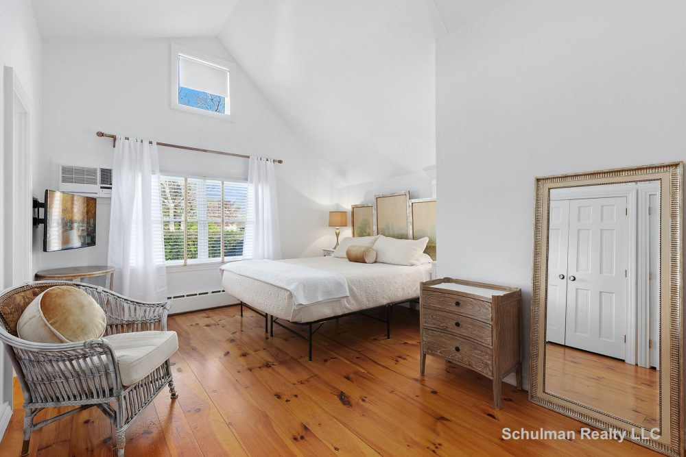 157460558master_bedroom_8_muchmore